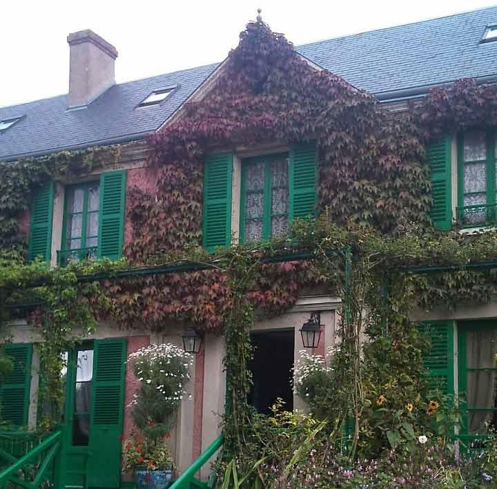 Visite de giverny et d 39 auvers sur oise for Renoir maison classique